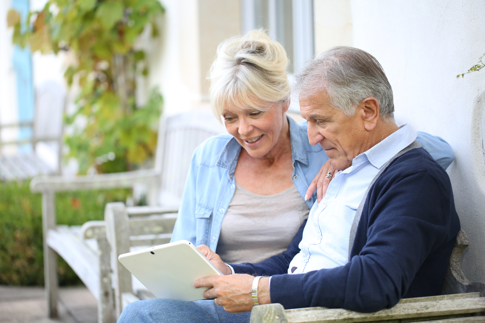 Senior couple | Health information at Urology Associates